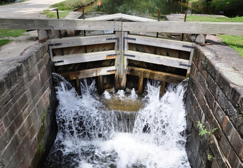 leaky canal lock
